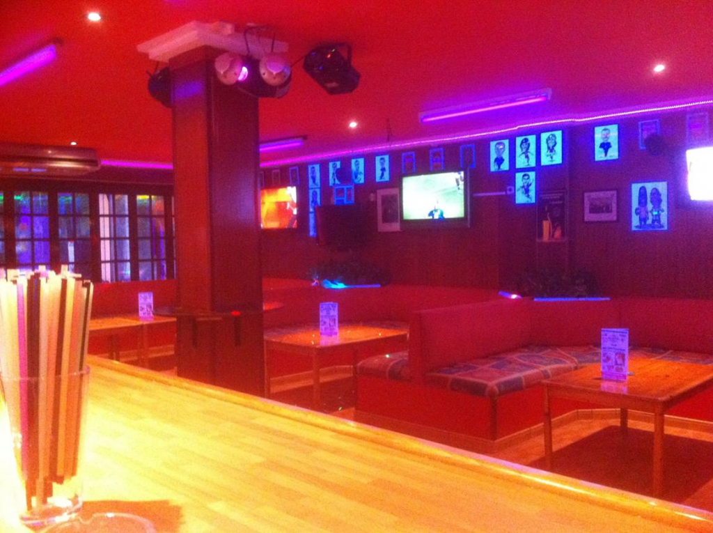 MAGALUF SPORTS BAR & CAFE FOR SALE